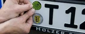 TÜV - HU/AU - DEKRA - Autohaus Holzer Korntal Stuttgart