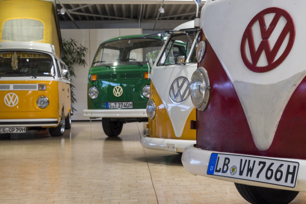 Autohaus Holzer - 90 Jahre in Korntal Stuttgart